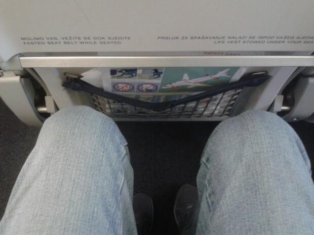 como-e-voar-croatia-airlines-poltronas-espaco
