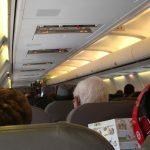 como-e-voar-alaska-airlines-aeronave-interno