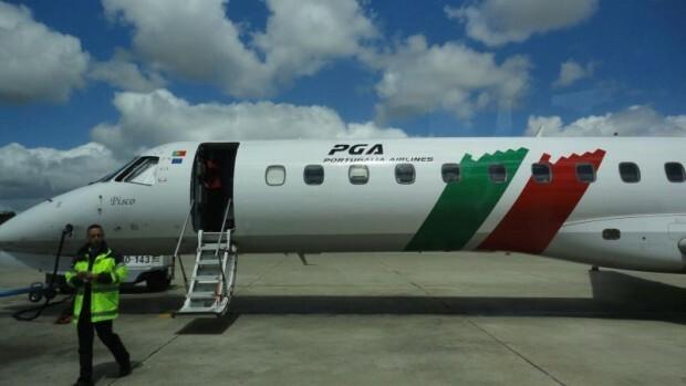 como-e-voar-portugalia-aeronave