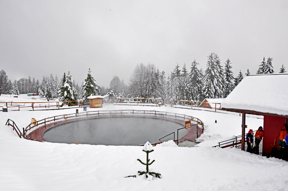 Temporada de neve no chile passagens para chill n a for Piscina vallehermoso