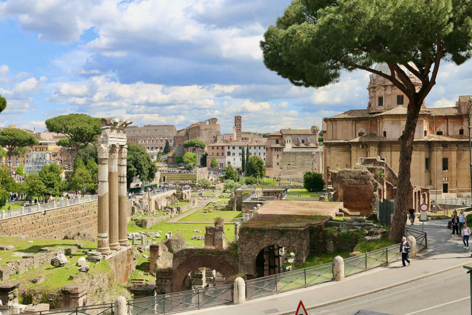 passeio roma foro romano