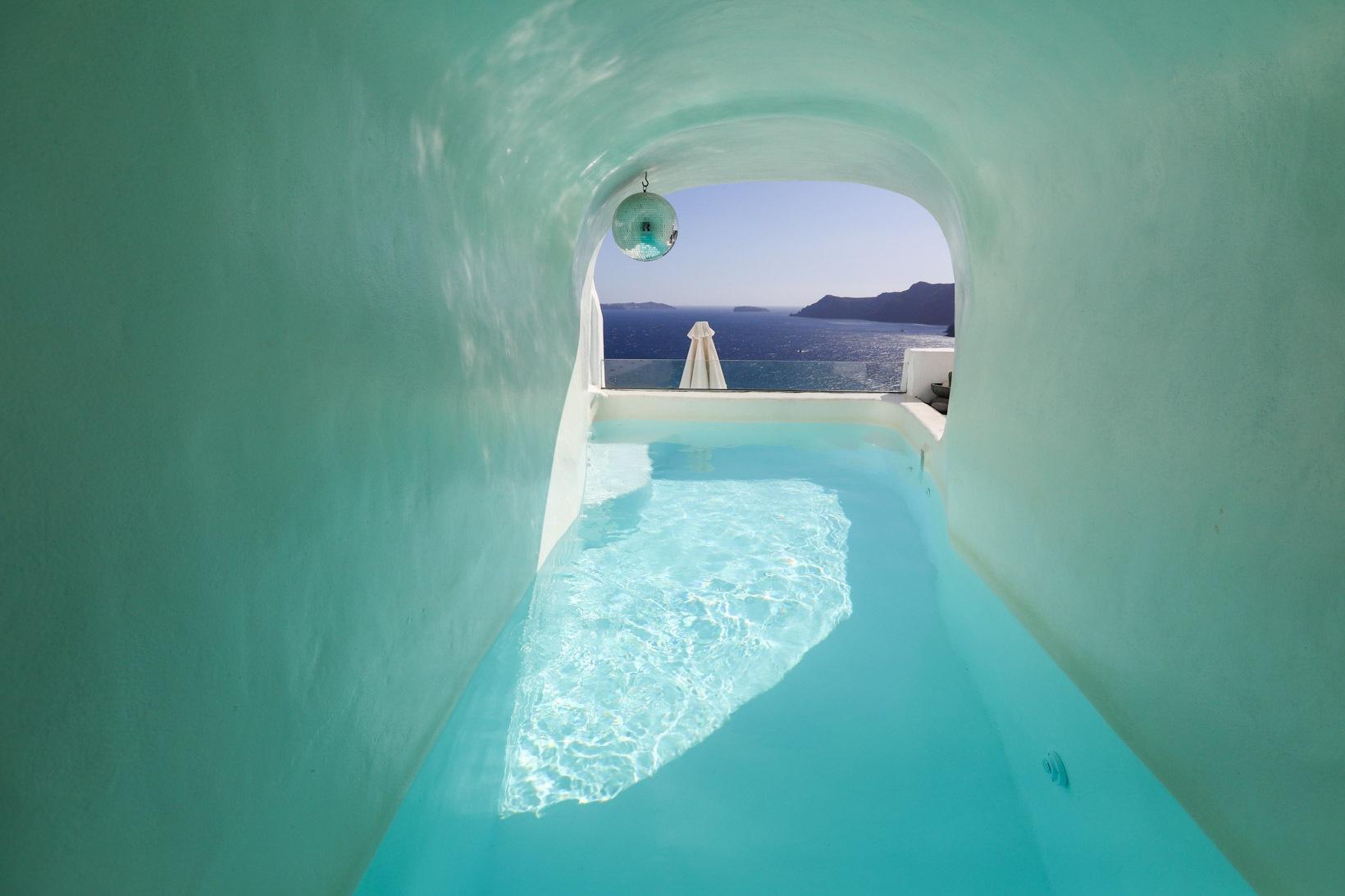 Hotéis com piscina em Oía