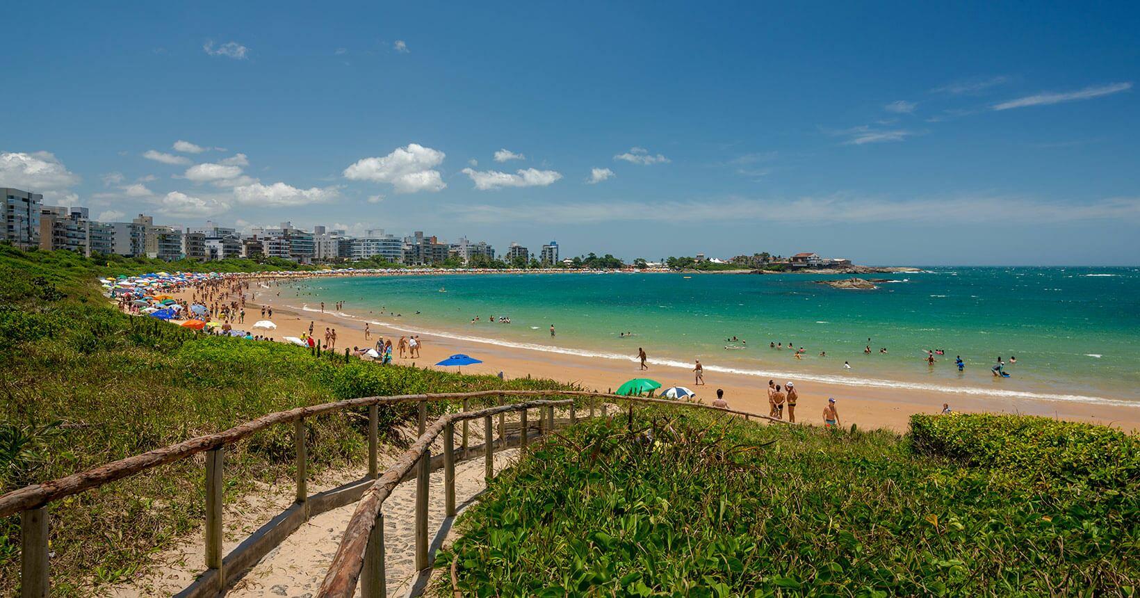 Praia do litoral do Espírito Santo