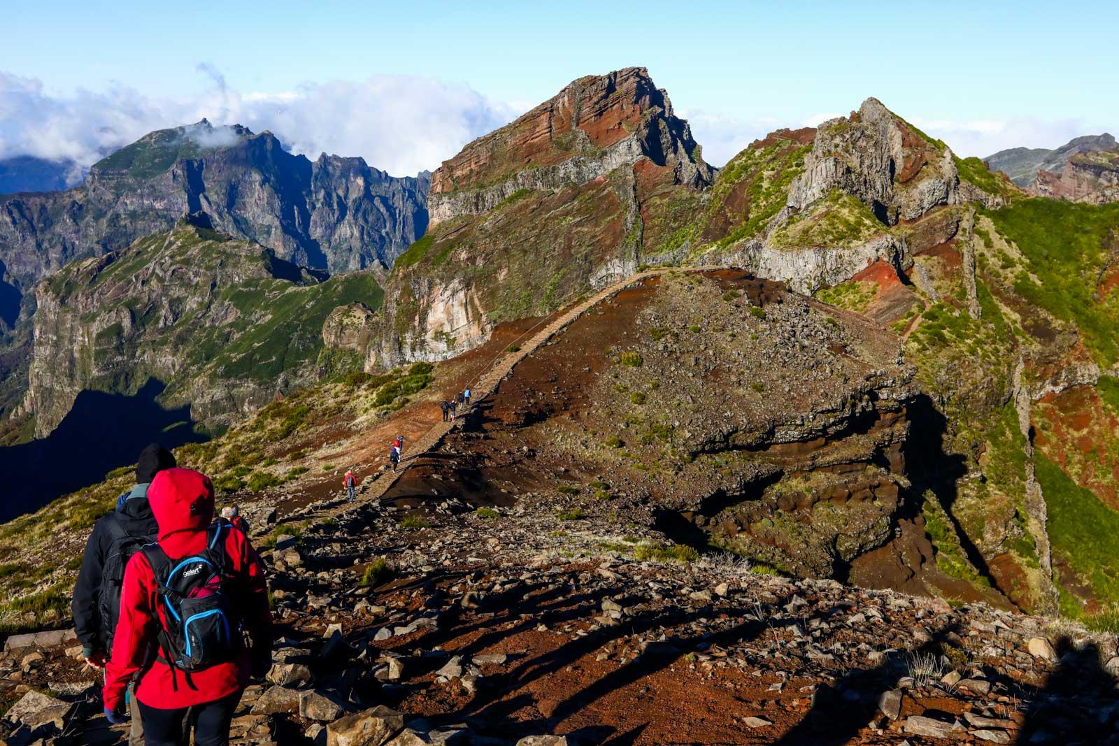 Saída do Pico do Areeiro para o Pico Ruivo Ilha da Madeira