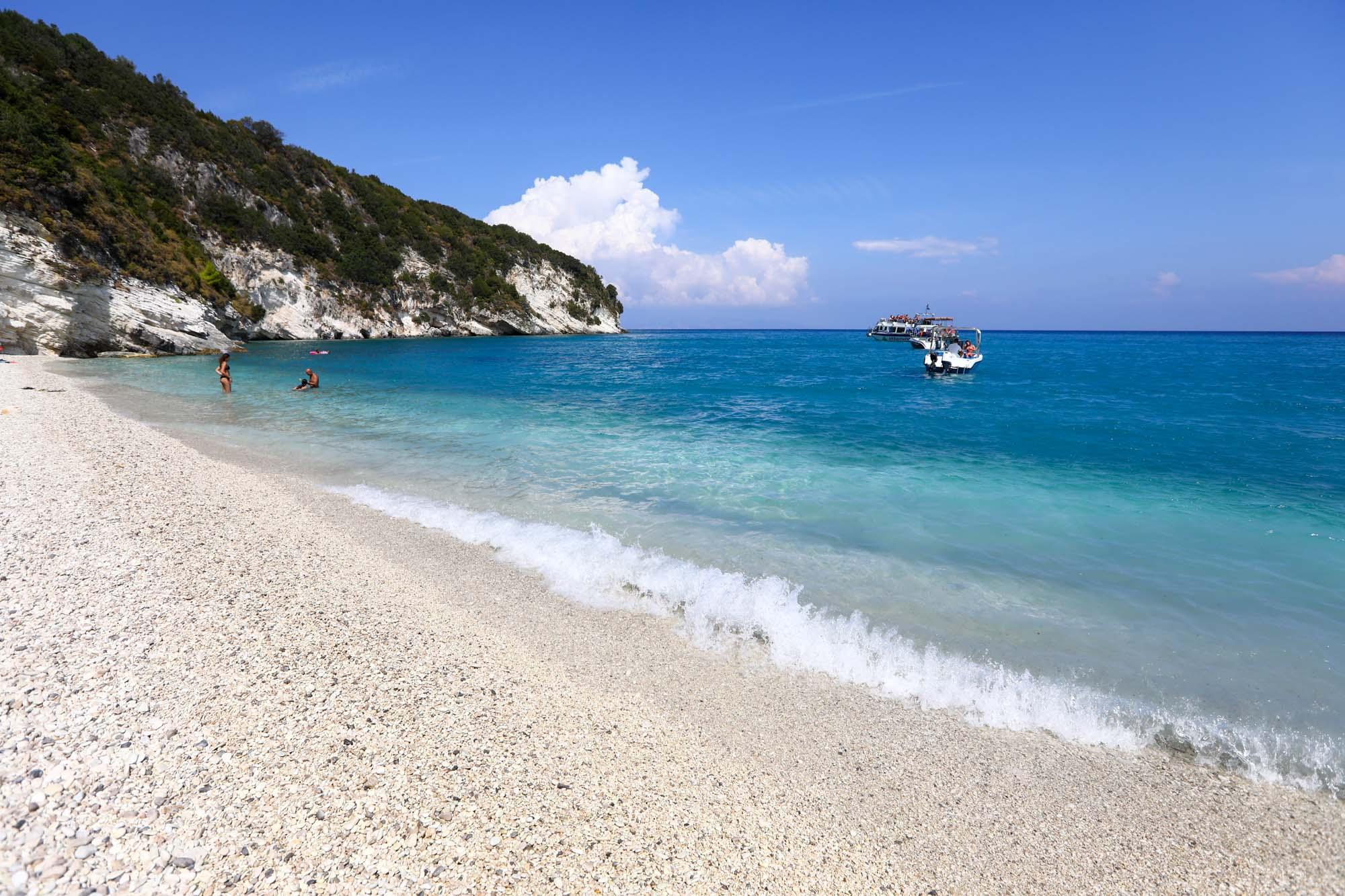 Praia de Little Xigia da esquerda