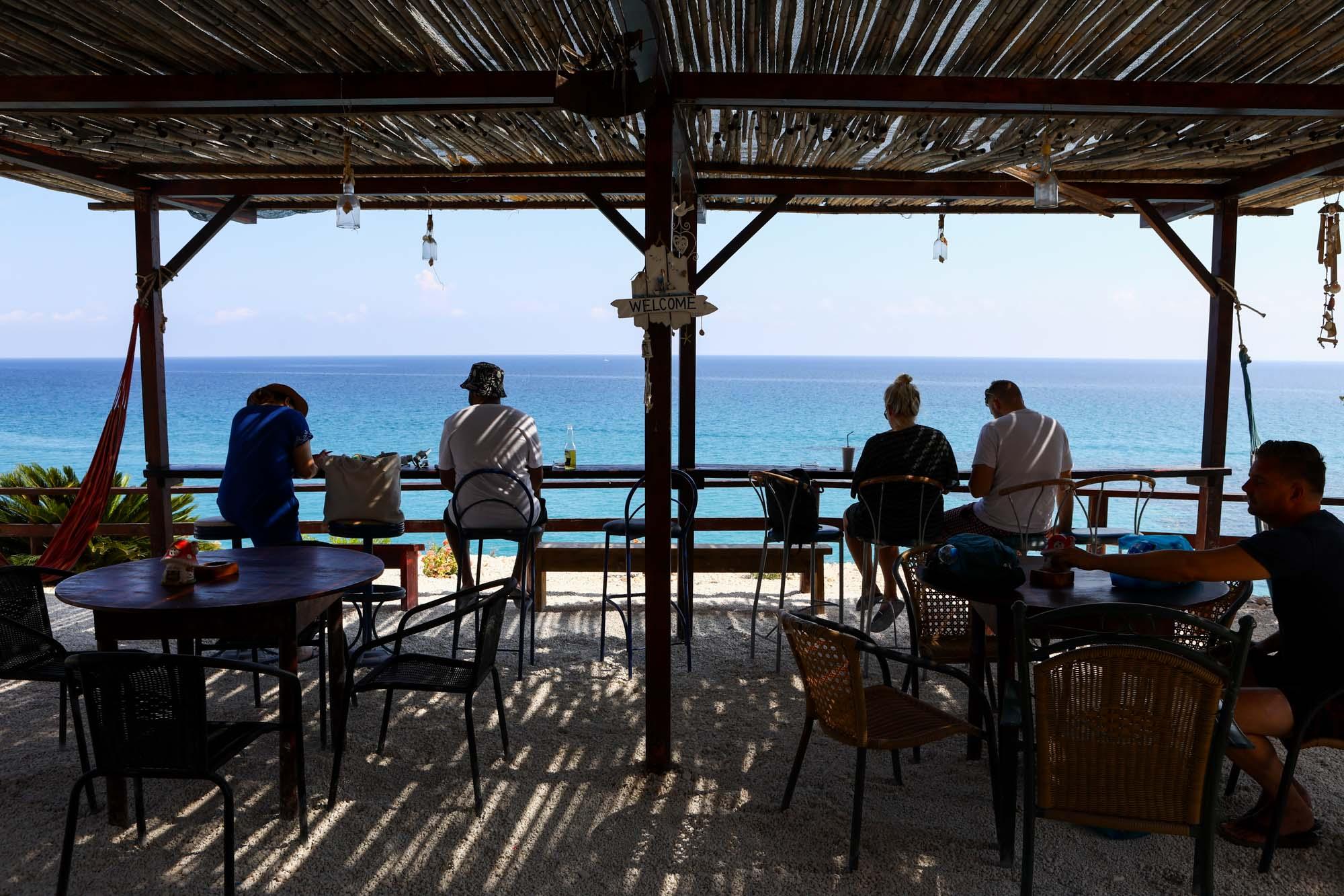 Quiosque na Praia de Little Xigia