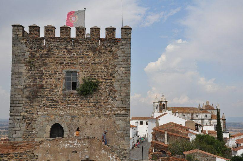viagem para portugal monsaraz