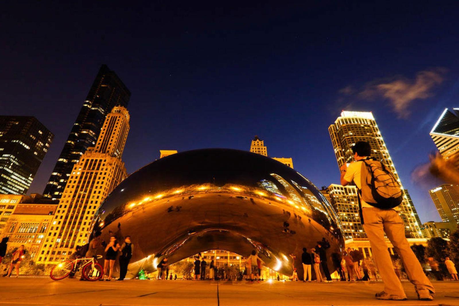 Cloud Gata e um dos mais lindos cenários de Chicago para a foto da viagem