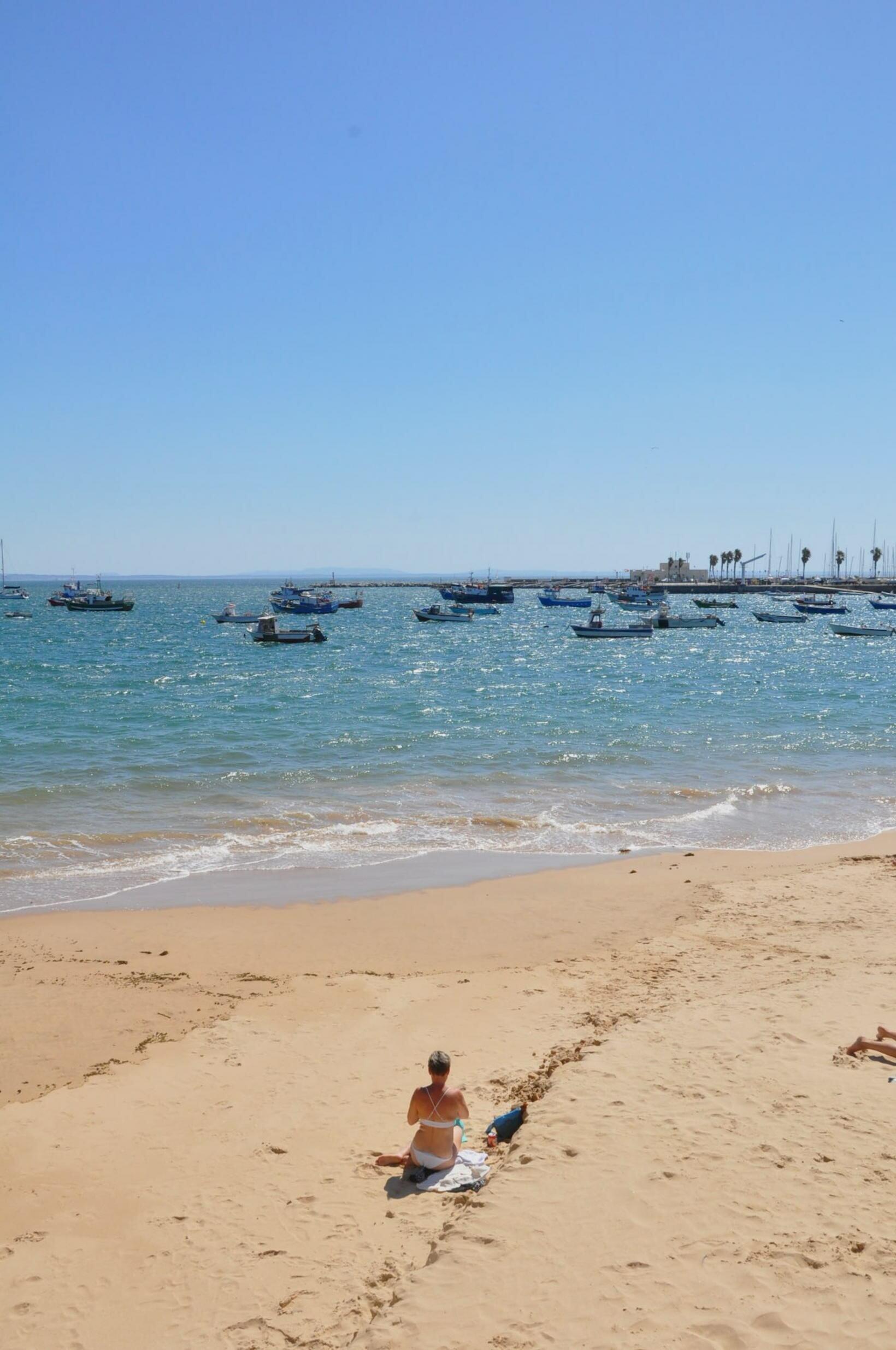 o que fazer em cascais praia dos pescadores