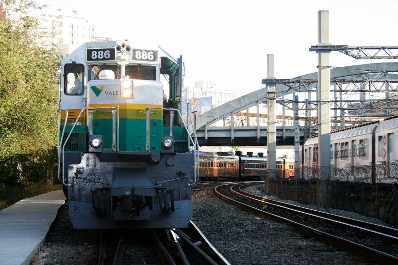 passeio de trem vale