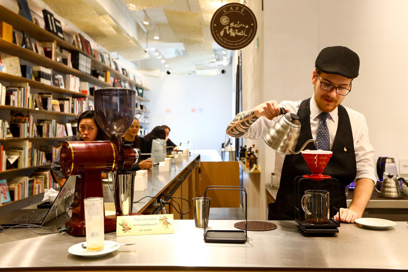 Avenida Paulista café