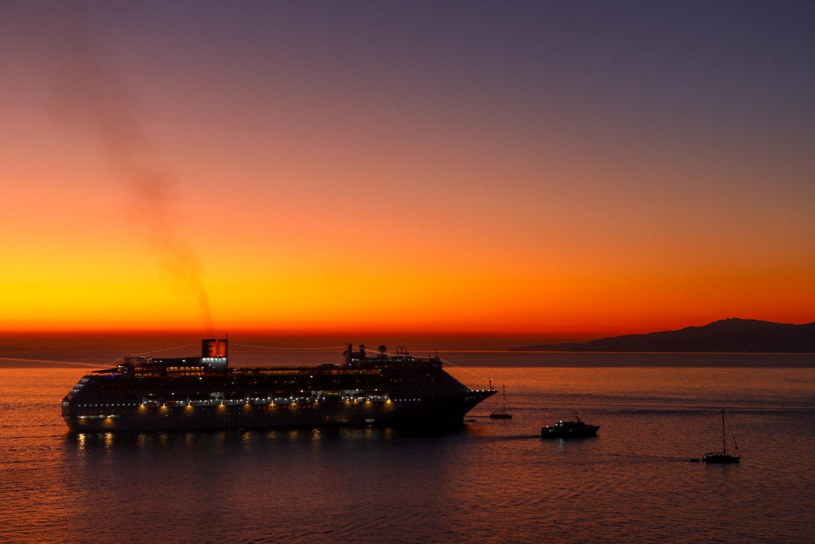 Mykonos ferry