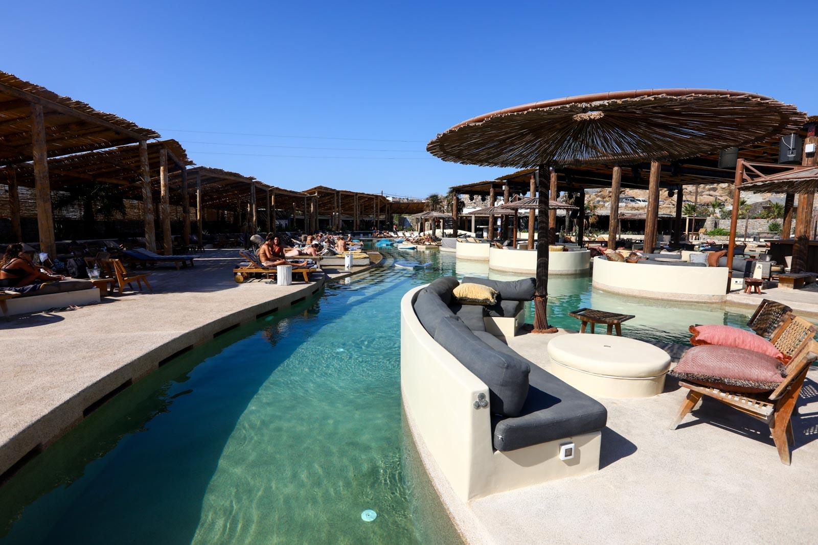 Paraga Beach Clubs