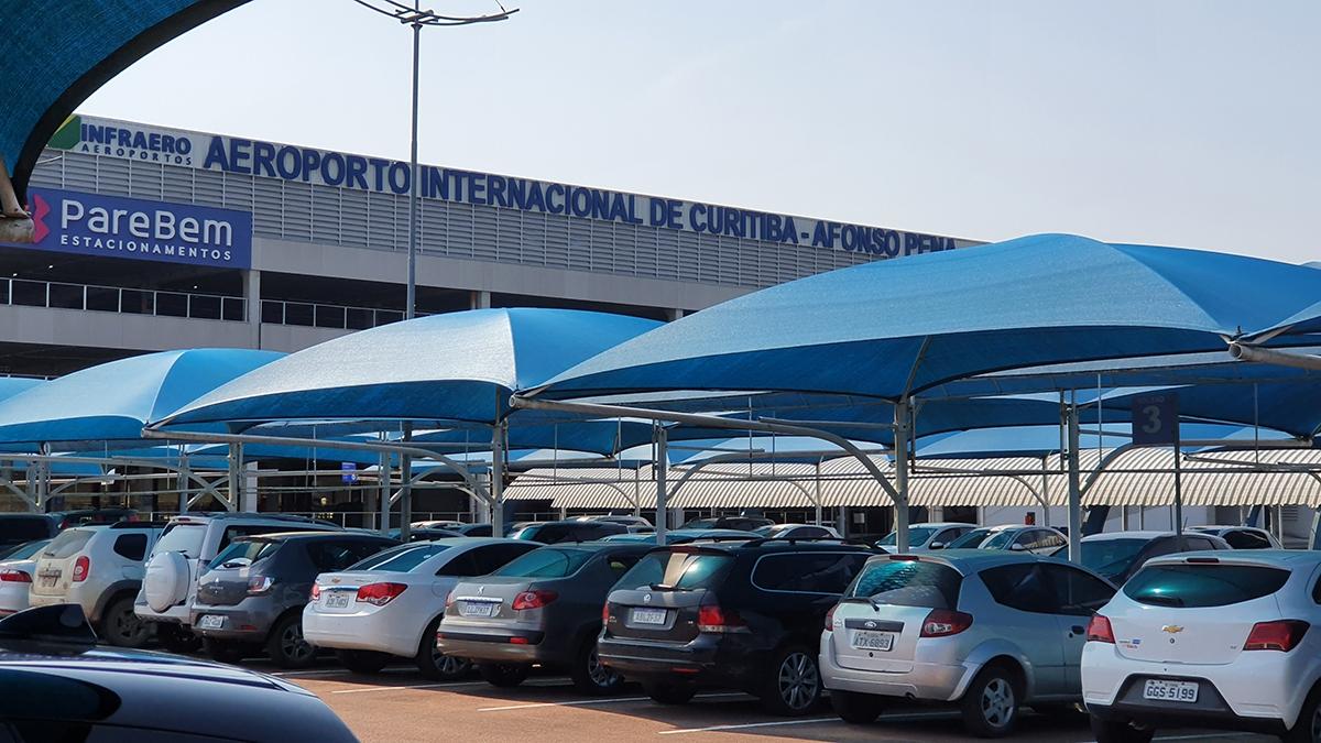 estacionamento do aeroporto afonso pena em curitiba