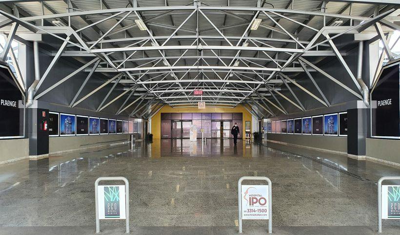 Aeroporto afonso pena em curitiba entrada A