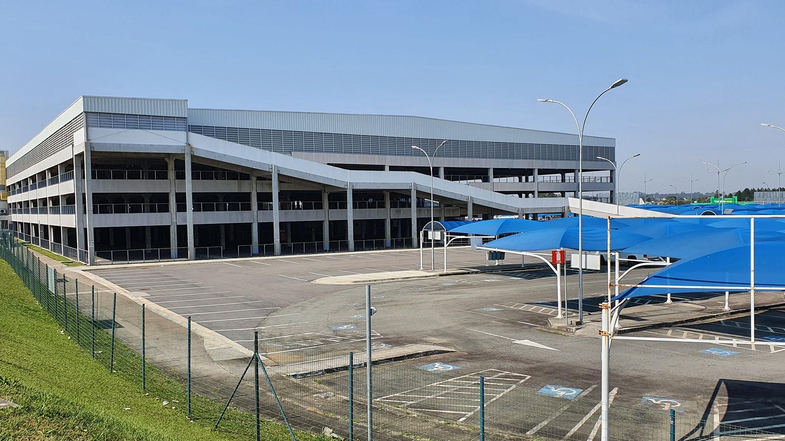 edifício garagem aeroporto afonso pena curitiba