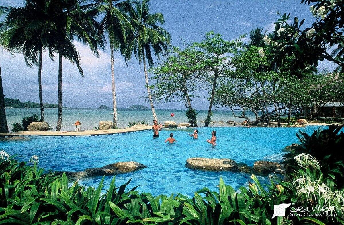 Huésped arrestado por calificación de hotel negativa en Tailandia