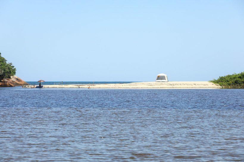 Praias desertas SP