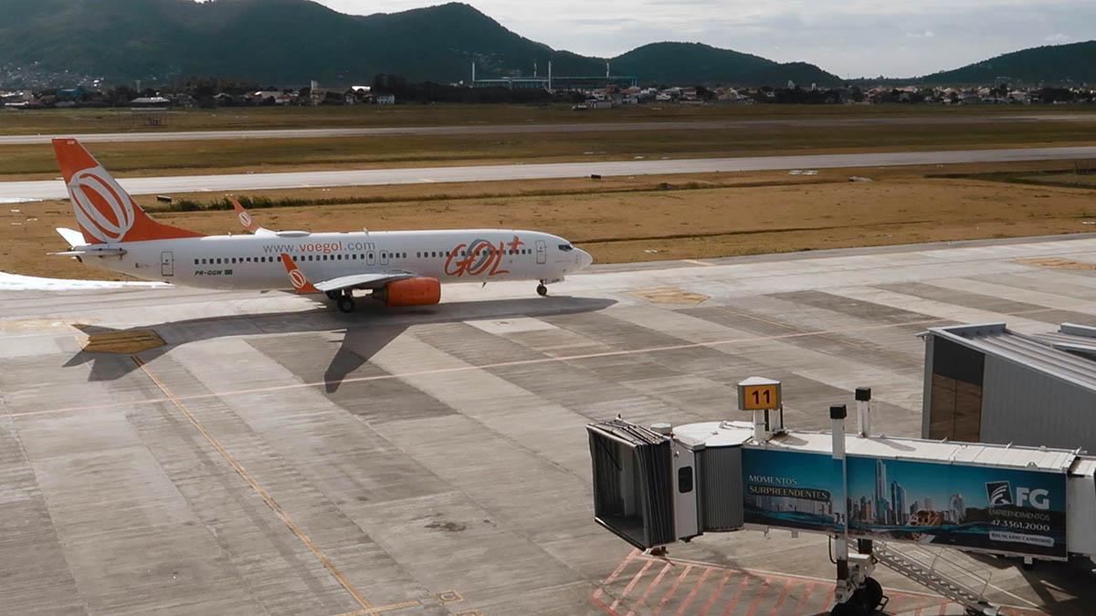 avião gol aeroporto Florianópolis