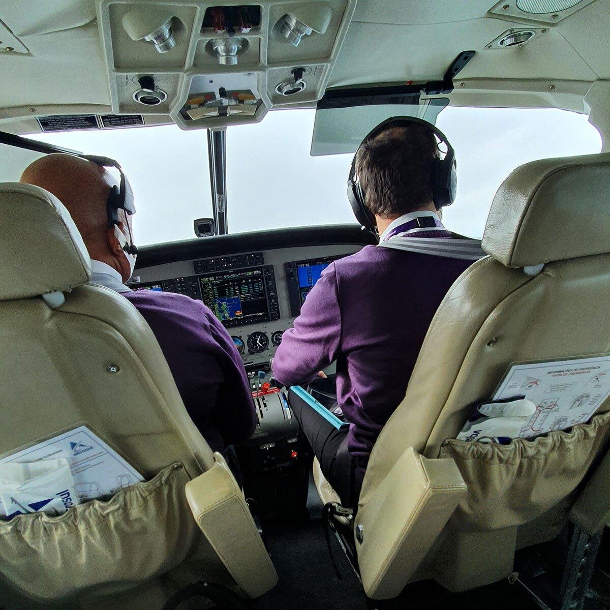 Pilotos voo inaugural Aerosul